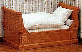 Biedermeier Sleigh Bed