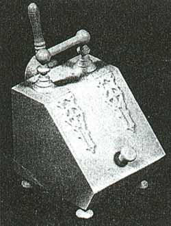 DH145 Coal Box