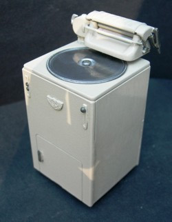 DH 232 Washing Machine - 1940's