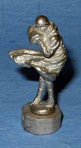 DH195 Art Deco Figure - Windy Day