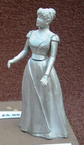 1/24th Scale Figure - Lady Without Hat  - Revised
