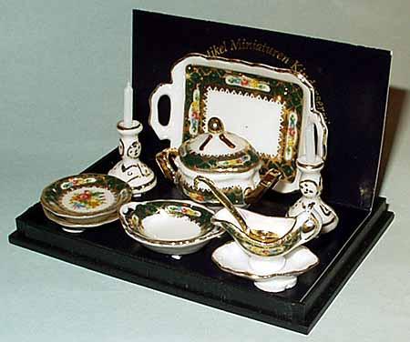 Reutter Miniature Dinner Set