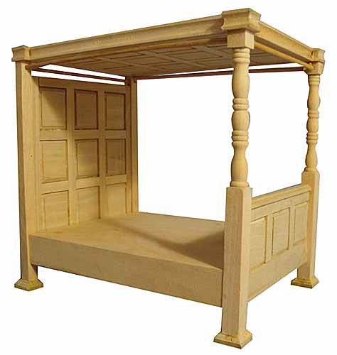 122. Four Poster Bed with Bedding